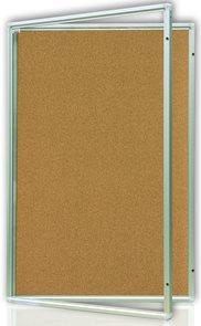 Vitrína interiérová 90x60 cm, vertikální otevírání uzamykatelné, korkový povrch