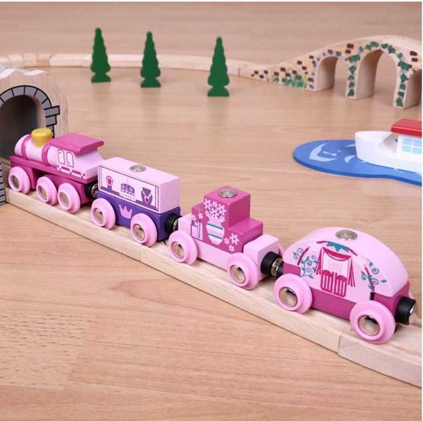 Vlak pro princezny + 3 koleje, vláček vláčkodráhy Bigjigs