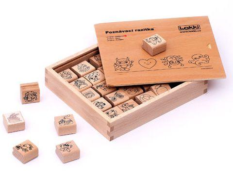 Dřevěná rozlišovací razítka pro mateřské školky /oblíbené/ - 3 x 3 x 1,5 cm