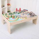 Dřevěná vláčkodráha se stolem - Město 61 dílů