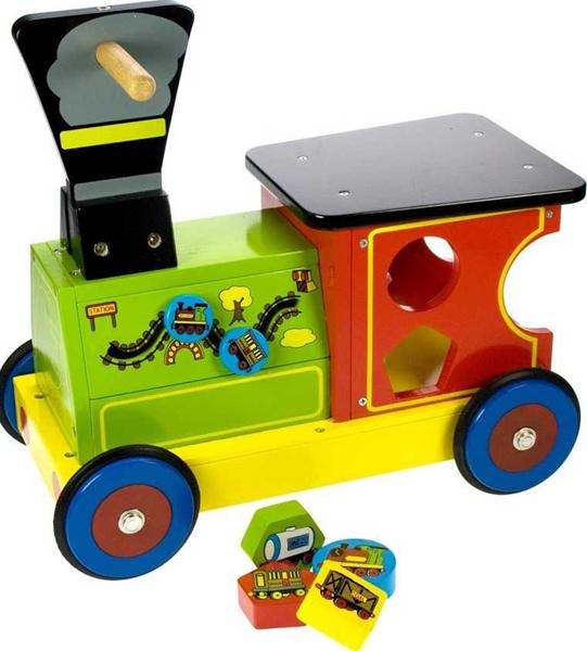 Dřevěný motorický vozík Mašinka