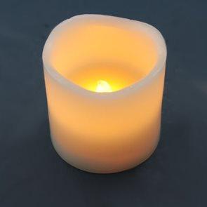 LED svíčka vosková 7,5 cm
